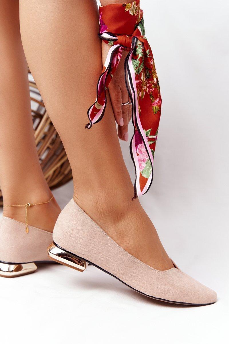 Ballerinas On Gold Heels Vinceza 21-10601 Beige