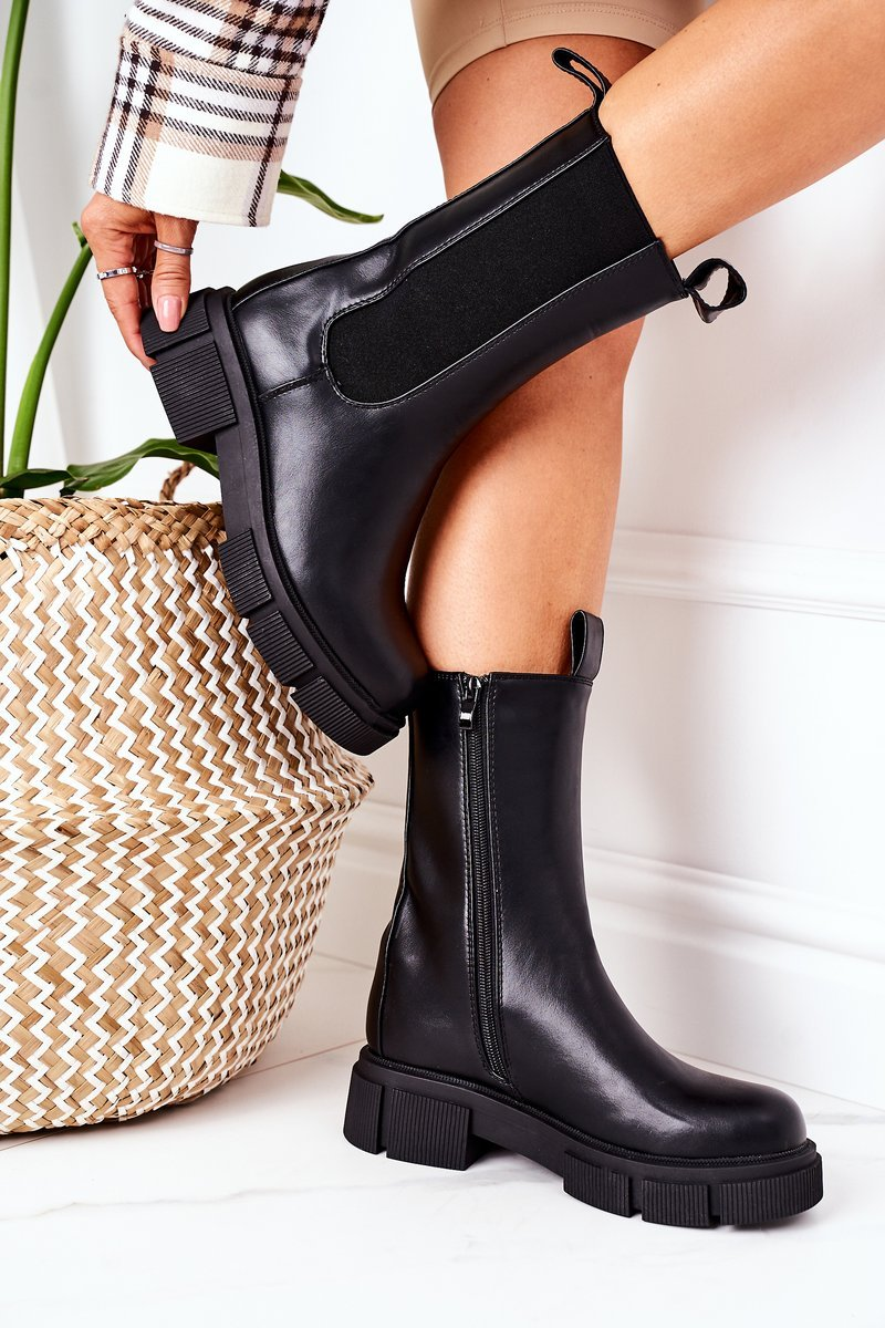 Insulated Chelsea Boots Black Must Have