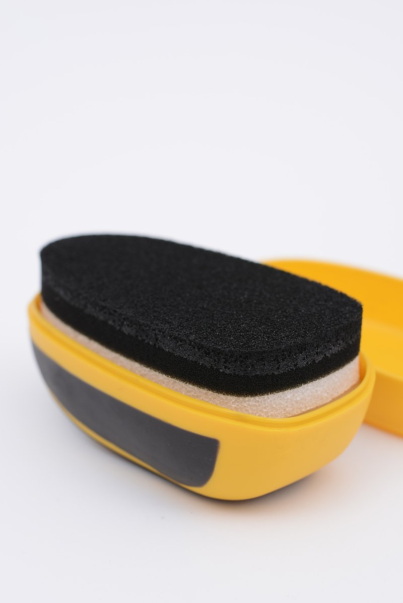 SALTON Instant Shine Gąbka do obuwia z olejem norkowym Czarna
