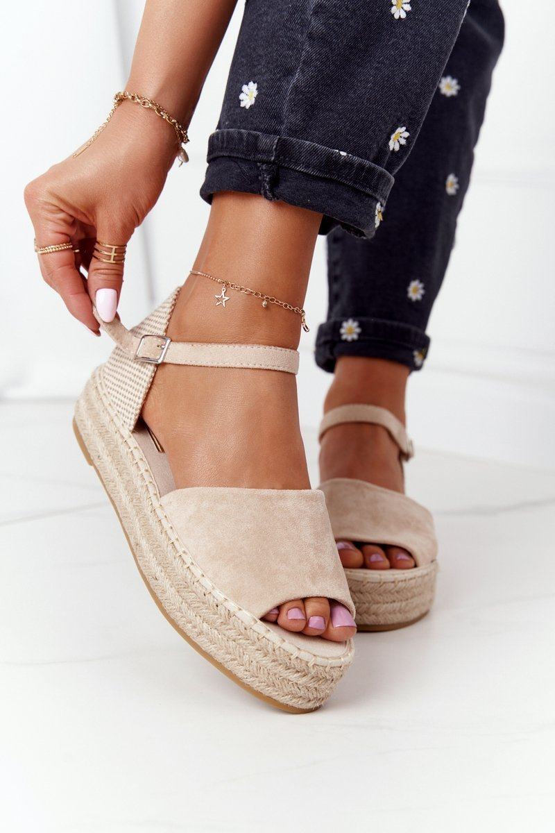 Sandals On A Braided Platform Beige Megara