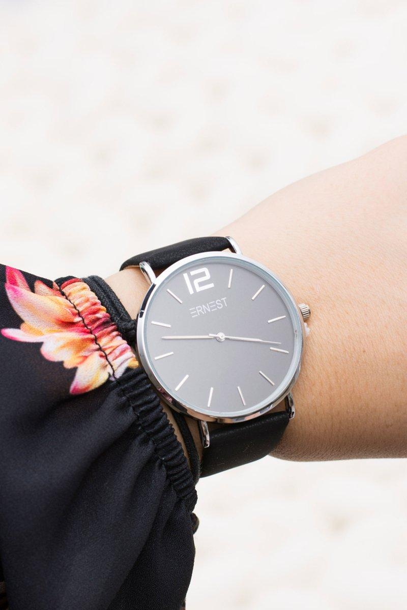 Stylish Leather Black Women Ernest Watch