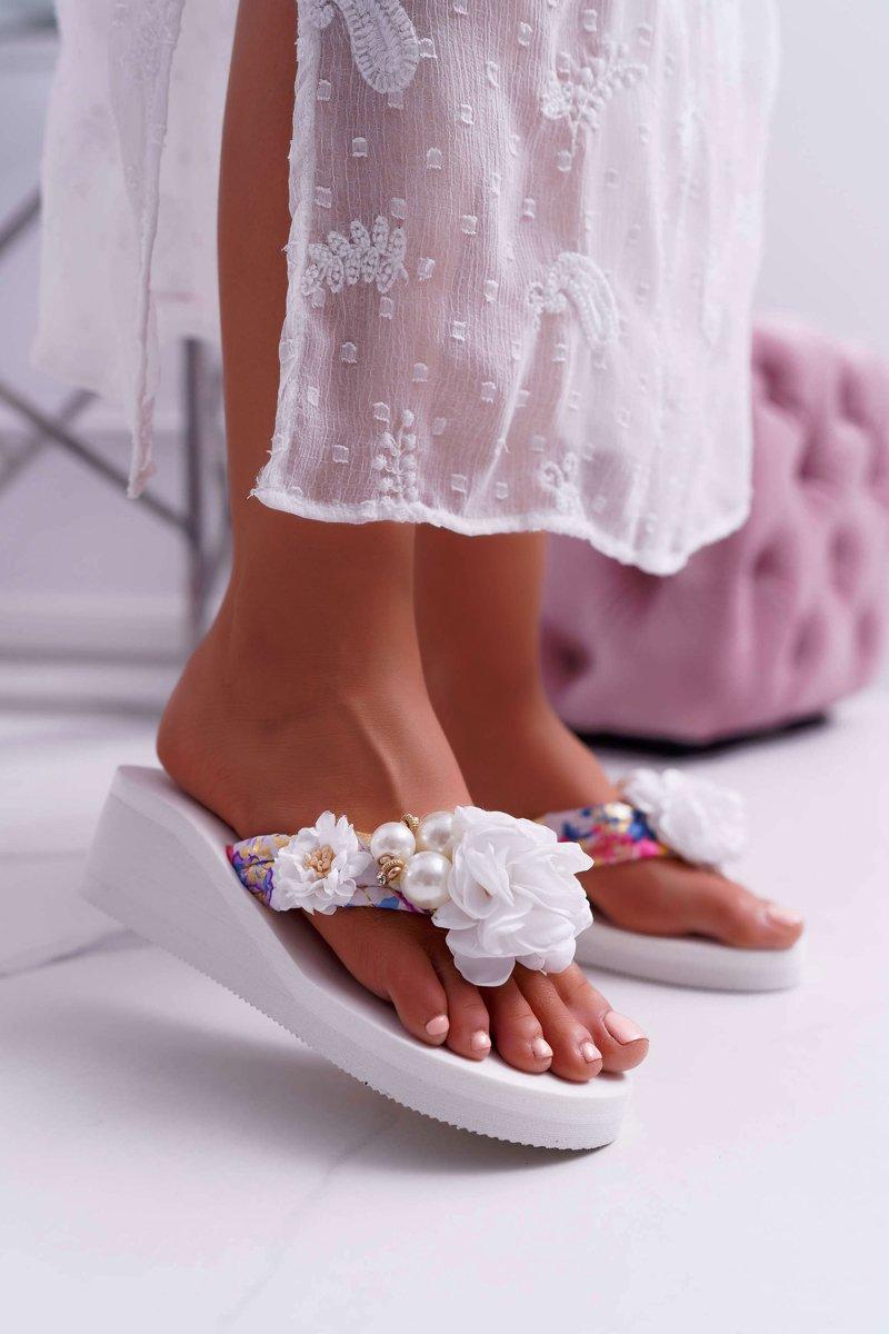 Women's Flip Flops With Flower White Sharme