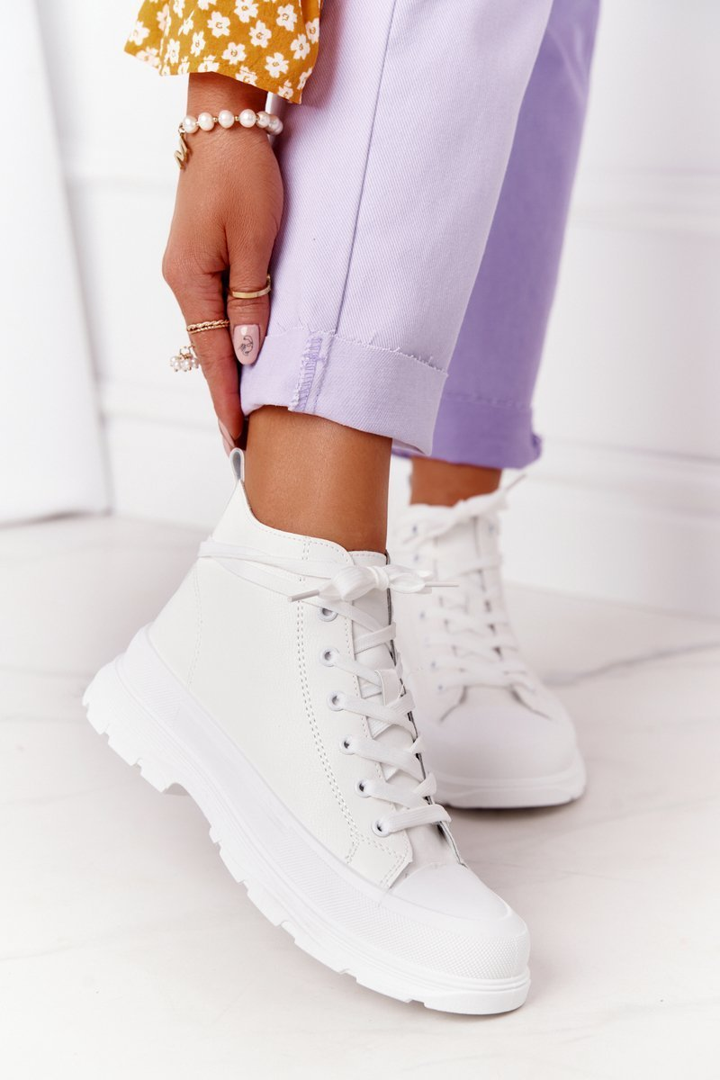 Women's Leather Sneakers On A Chunky Sole White Trissy