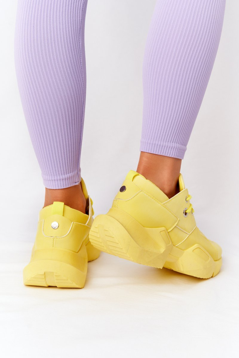 Women's Sneakers On A Chunky Sole Yellow Bubbly