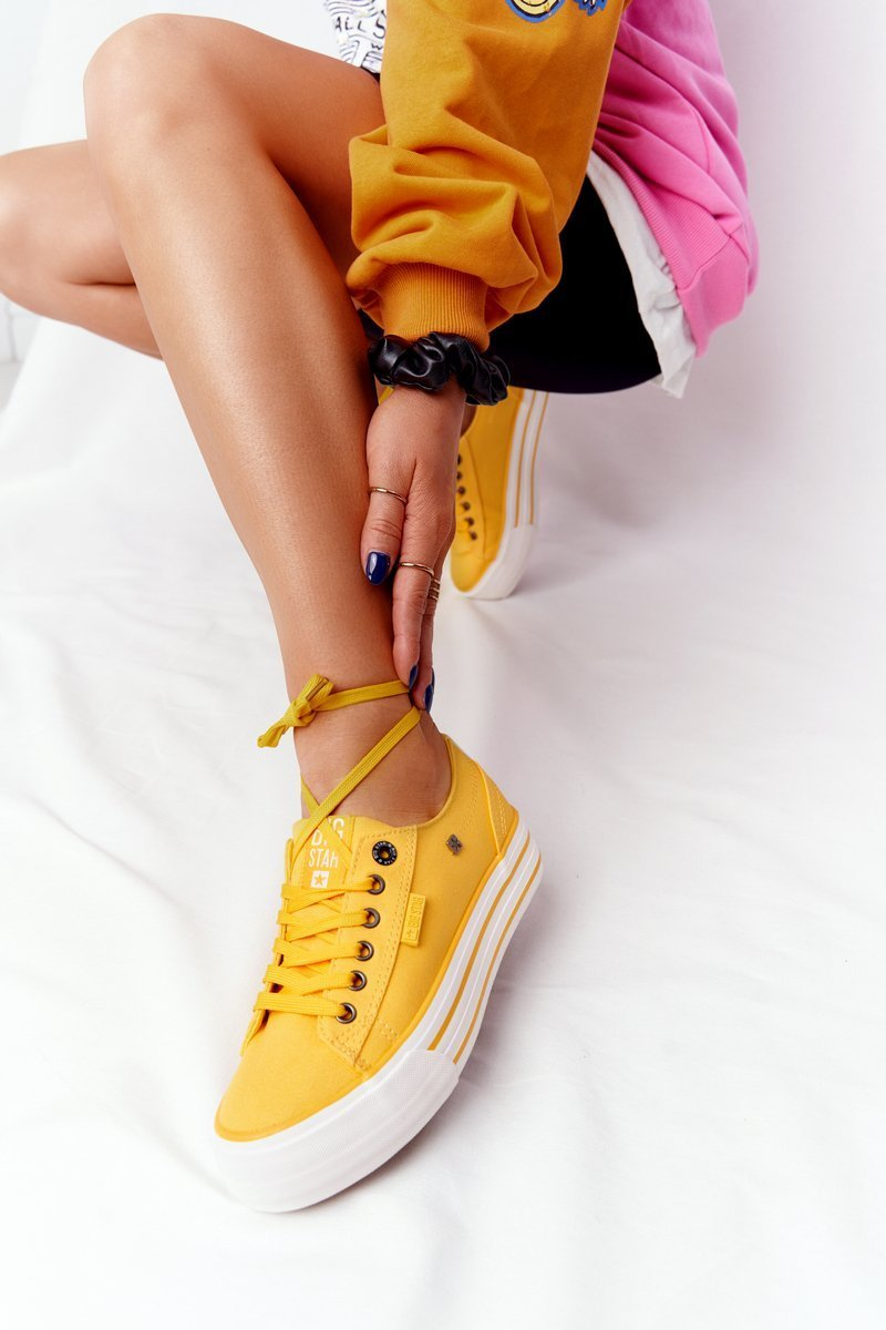 Women's Sneakers On A Platform BIG STAR HH274055 Yellow